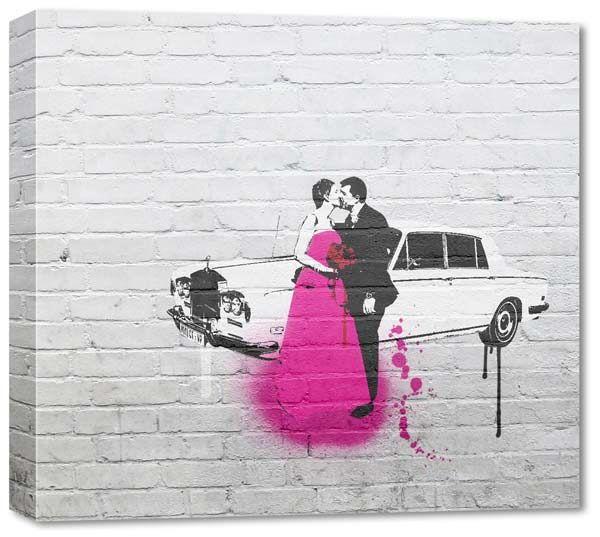 Matrimonio con limousine rappresentato con effetto Bansky