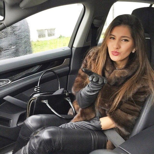 Black Bentayga Who Drives Cars Like This Meet Them At: Leather Women Heaven Fur & Cars Добавь, ставь нравится