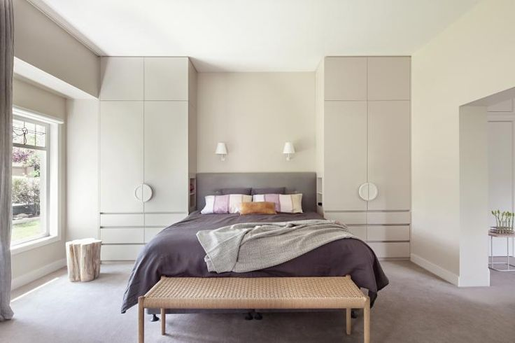 Ivanhoe Residence master bedroom by Doherty Design Studio. Photographer: Lisbeth Grossman.