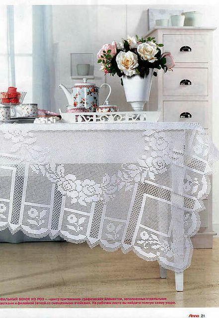 Copritavolo crochet (1/3)