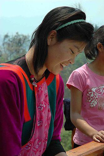 A Lisu girl in Pai | da TinaMurphy