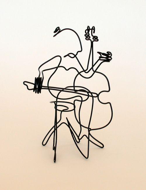 Cellist - wire art by Steve Lohman