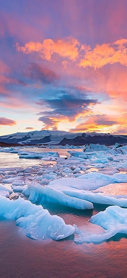 Pictures of the magnificent Icelend ---> http://crazzzytravel.com/why-visit-iceland/