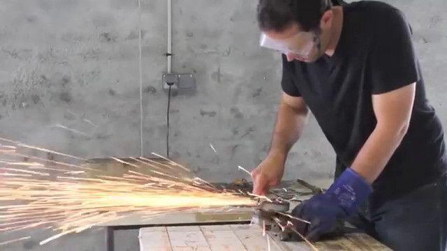 針金一本から創り出す世界。シンプルかつ壮大なスケールのワイヤー彫刻が美しい - Spotlight (スポットライト)