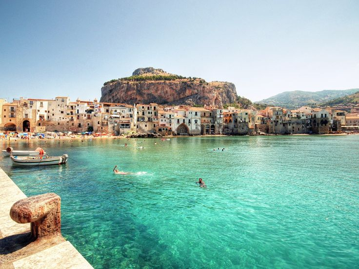 From sleepy Sicilian seaside escapes to postcard-perfect Tuscan hamlets, we've rounded up the 10 most beautiful small towns in Italy. Added bonus: most of them are within day-tripping distance of a major city.