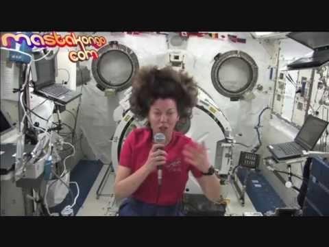 ZERO G IN SPACE IS FAKE - ZERO GRAVITE DANS L'ESPACE EST FAUX