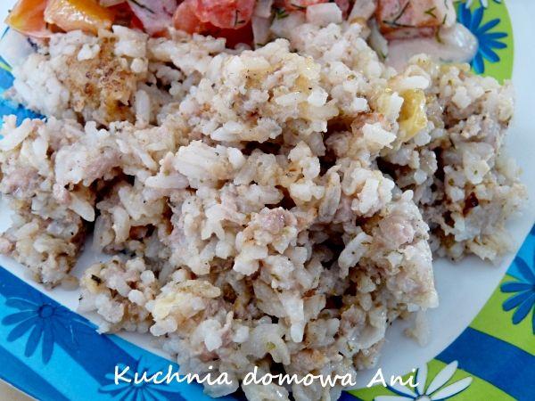Ryż z mięsem, serem i pieczarkami