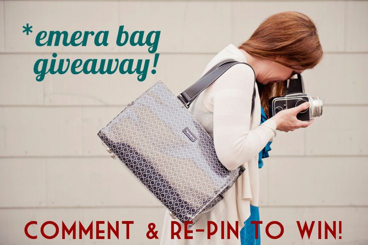 Just what I've been looking for:  smart and practical for camera gear!  *emera circle tote baggiveaway! // to enter: 1. repin this image, 2. visit emerabags.com, 3. leave a comment on jodi mckee's original pin (http://pinterest.com/pin/13370130114808700/) telling us which style is your favorite // contest open to residents of the US and Canada only // visit jodimckee.com for more info & sale info!
