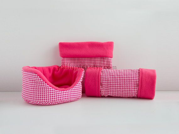 Magenta+Houndstooth+Guinea+Pig+Bed+Tunnel+Snuggle+by+spiffypigs