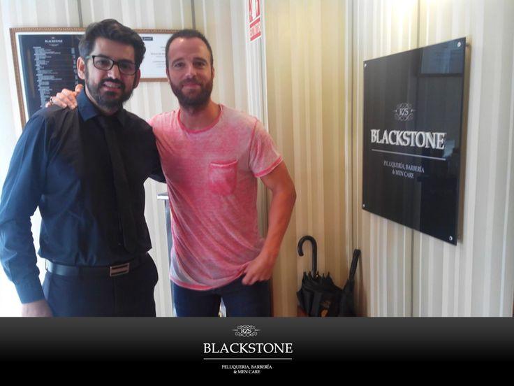 Carles Francino nos visitó la semana pasada en #Blackstone. http://www.blackstone-rzs.com/inicio.html #Peluquería #barbería