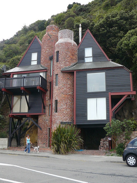 Unusual house, Eastbourne, New Zealand;  photo by sheelz, via Flickr