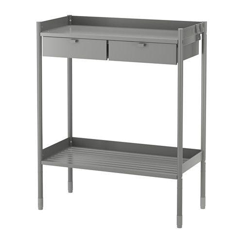 IKEA - HINDÖ, Pflanztisch, Steht dank höhenverstellbarer Fußkappen auch auf unebenen Böden stabil.