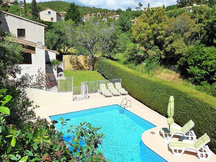 Les Issambres villa rental - Villa exterior, garden and pool