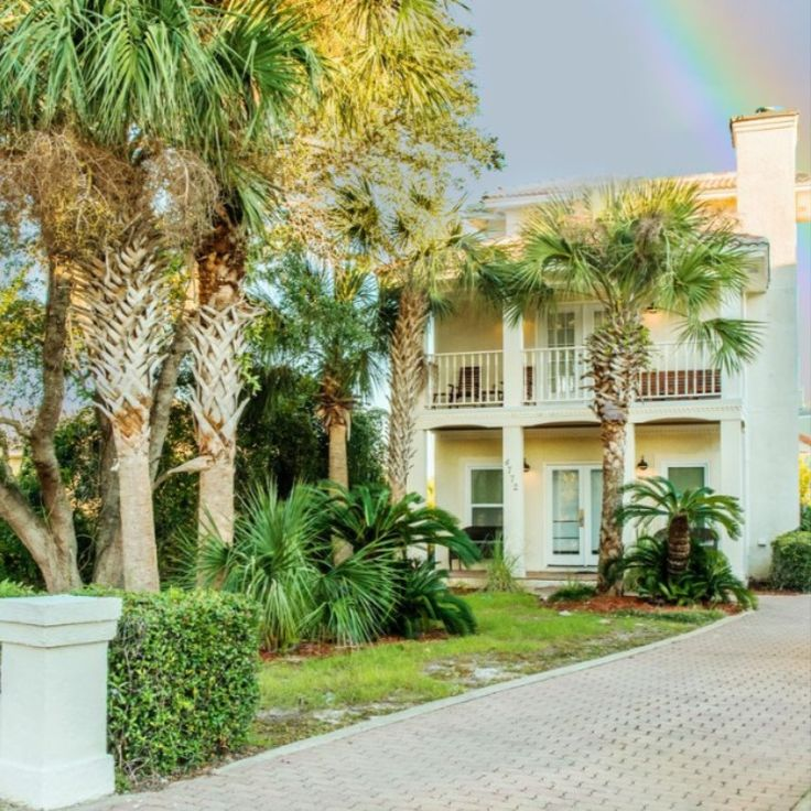 This affordable house in Destin, FL would be a great first ...
