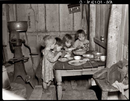 Depression: 1936 Christmas dinner of potatos, cabbage and pie.Be Thankful For What You Have!!