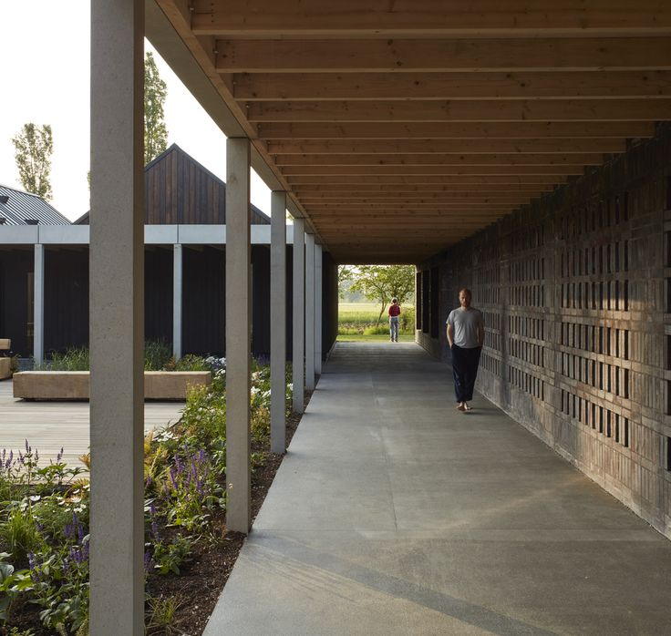 Gallery of Vajrasana Buddhist Retreat / Walters & Cohen Architects - 6