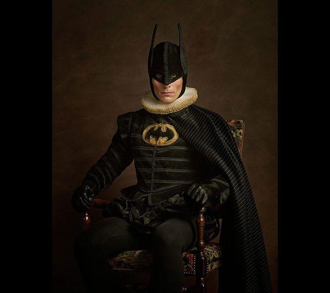 Fransız fotoğrafçı Sacha Goldberger, 'süper kahramanlar 16. yüzyılda yaşasa ve fotoğraflansaydı, neler olurdu' diye düşündü ve uygulamaya geçti. İşte Batman'inden Kedi Kadın'a, Süpermen'den Star Wars'tan Darth Vader'a kadar tüm kahramanlar birer asilzade olursa…
