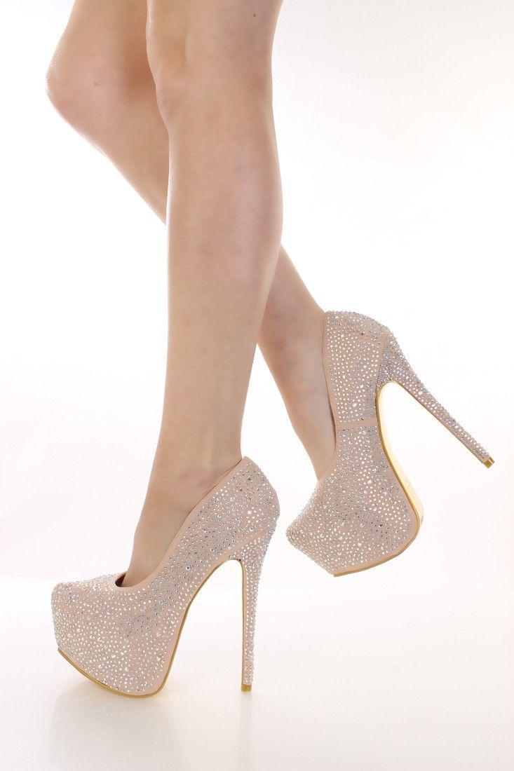 nude-pump-heels