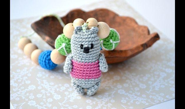 Portabebés - Collar de Enfermería Koala juguete Bebé de amamant - hecho a mano por MiracleFromThreads en DaWanda