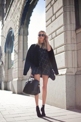 Stockholm Style - for more fashion visit http://pinterest.com/franpestel/fashion-rien-que-de-la-mode/