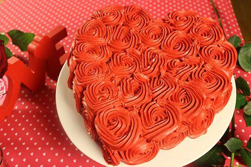 Rosen-Torte zum Valentinstag oder Muttertag