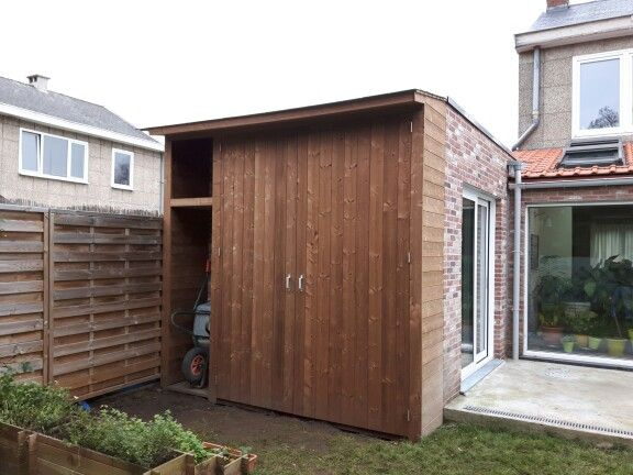 Tuinkast thermowood door www.timberprojects.be