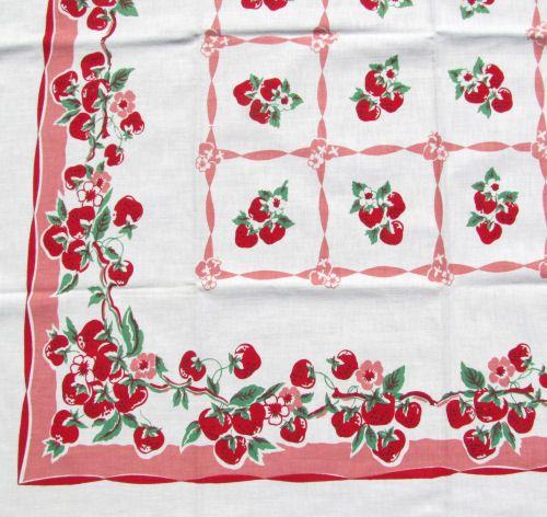 Sharon's Antiques Vintage Fabrics - Vintage Kitchen Tablecloths 3