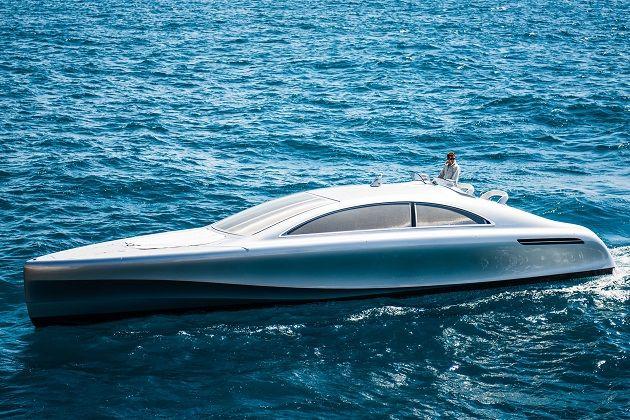 メルセデス・ベンツがデザインした高級ヨットは、まさに海のシルバーアロー!