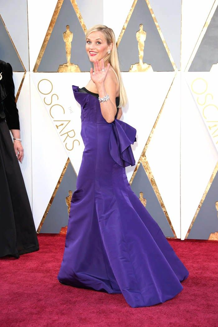 Reese Witherspoon Oscar purple dress with tail (scheduled via http://www.tailwindapp.com?utm_source=pinterest&utm_medium=twpin&utm_content=post86115353&utm_campaign=scheduler_attribution)