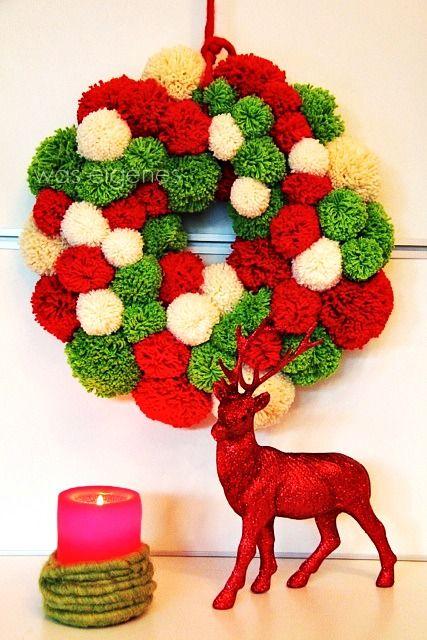 'was eigenes': Christmas Crafting: DIY Weihnachts-PomPom-Kranz made by  lovely  @Bine Guellich {was eigenes}