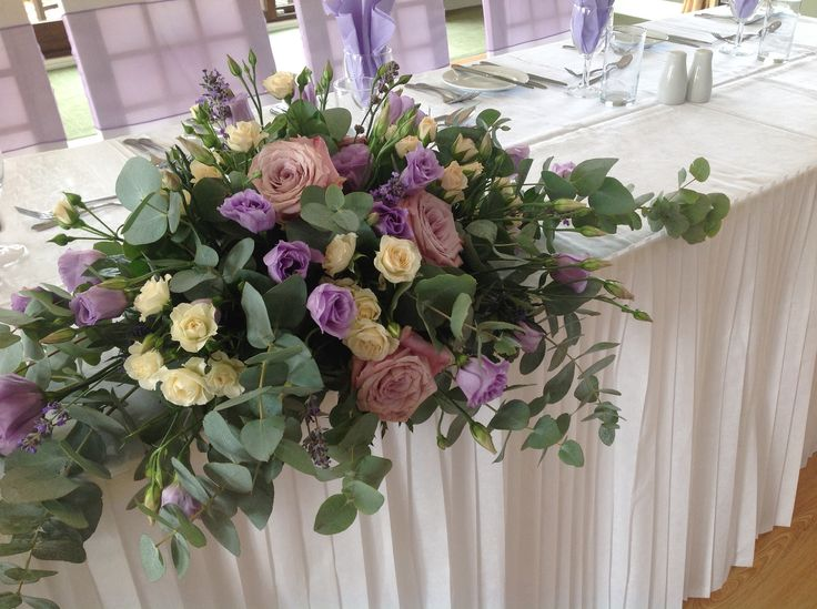 Lotty's flowers Faversham Kent. Beautiful roses and lizzy. 01795 227564.