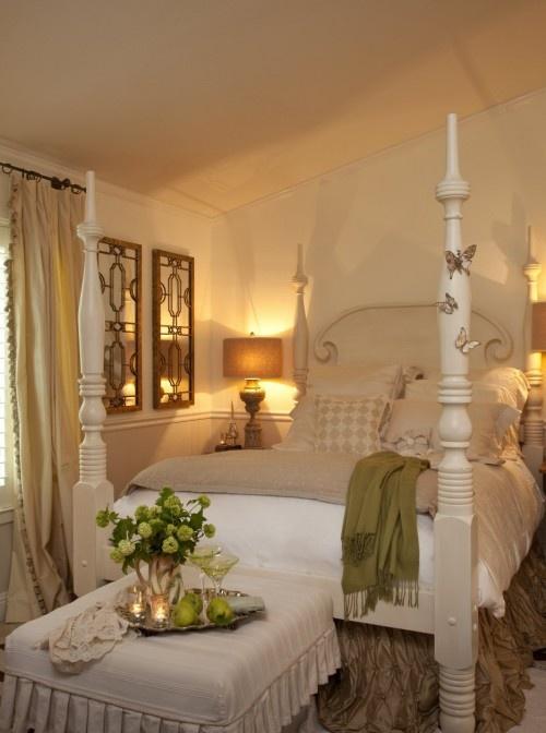 Love this room!!: Butterflies, Guest Bedrooms, Beds Skirts, Bedrooms Design, Master Bedrooms, Four Posters Beds, Eclectic Bedrooms, Guest Rooms, Bedrooms Ideas