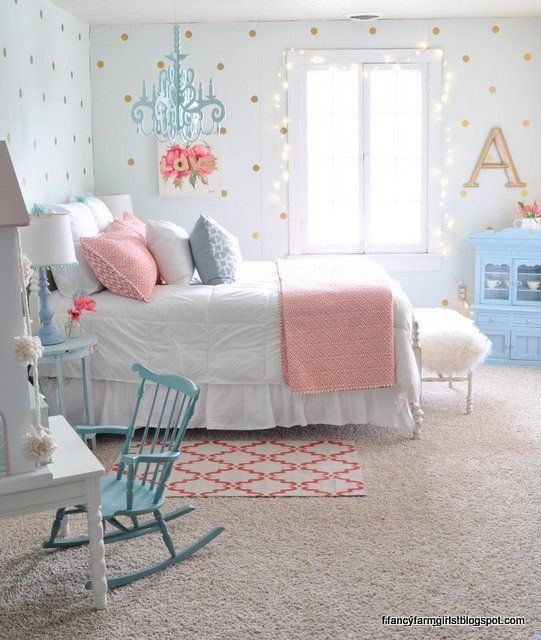 pretty! (and she lists all the paint colors!) - Fancy Farmhouse Bedroom Makeover