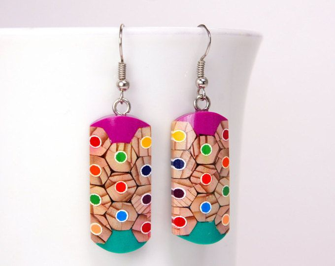 15 % OFF vente boucles d'oreilles de crayons de couleur, crayons de couleur, bijoux de crayons, bijoux faits main, bijoux coloré, l'art au crayon, boucles d'oreilles