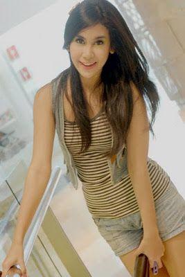 Anisa Rahma  #Indonesian #celebrities http://livestream.com/livestreamasia