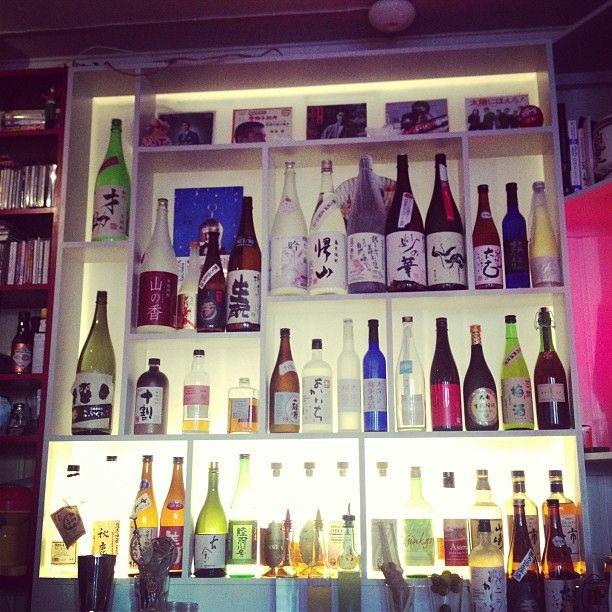 #winelover exploring the japanese sake world to pass his Sake sommelier exam !  — at Izakaya Bar St. Olavs plass 7, Oslo, Oslo