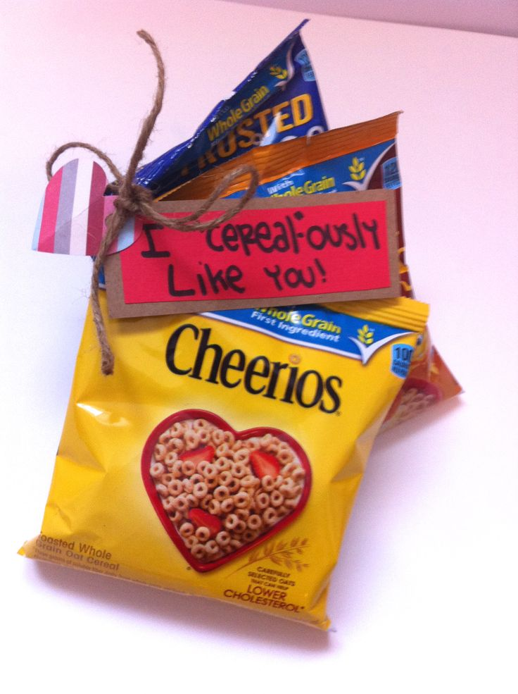 Love this idea! Perfect, easy and fun for a little valentine.  Also perfect for missionary packages!
