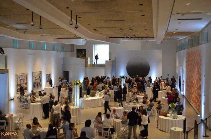 Elegant White Theme Event for St Josephs Hospital Convocation 2014 at The Phoenix Art Museum