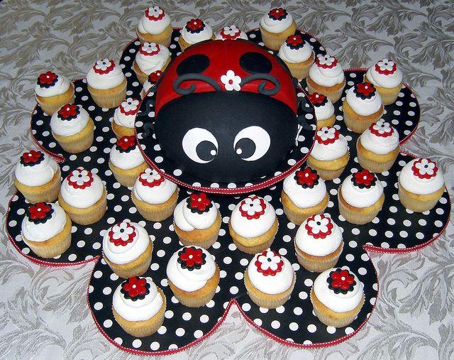 Ladybug Cake & Cupcakes by Lecake, via Flickr