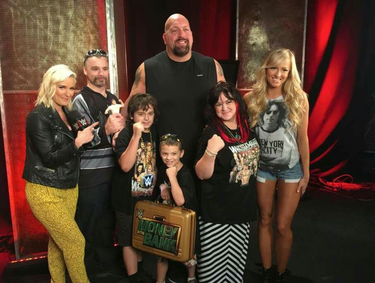 meet the white family wwe