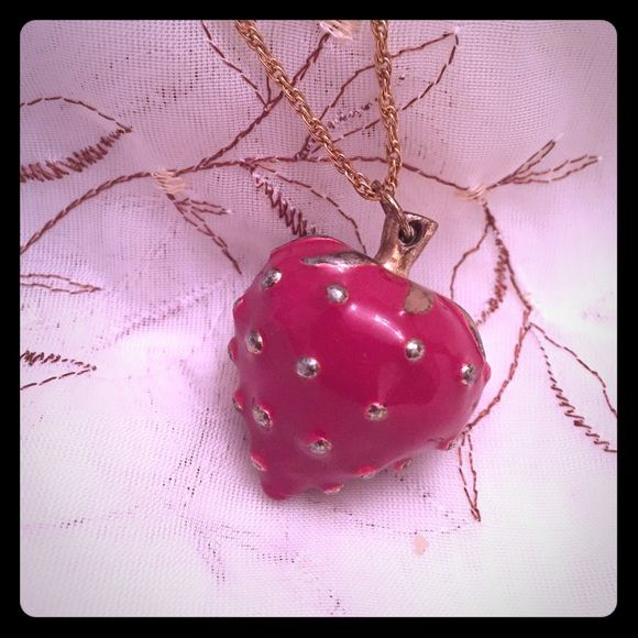 """Vintage Strawberry Red Pendant w/Chain Red Vintage Strawberry Pendant with Chain ! 16"""" length Vintage Unknown Jewelry Necklaces"""