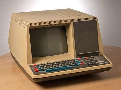 DEC VT52 computer terminal (1975) produced by Digital Equipment Corporation. The screen display was 24 rows by 80 columns and this was the first model to feature WYSIWYG (What You See Is What You Get) text editing, lowercase text and bi-directional scrolling.