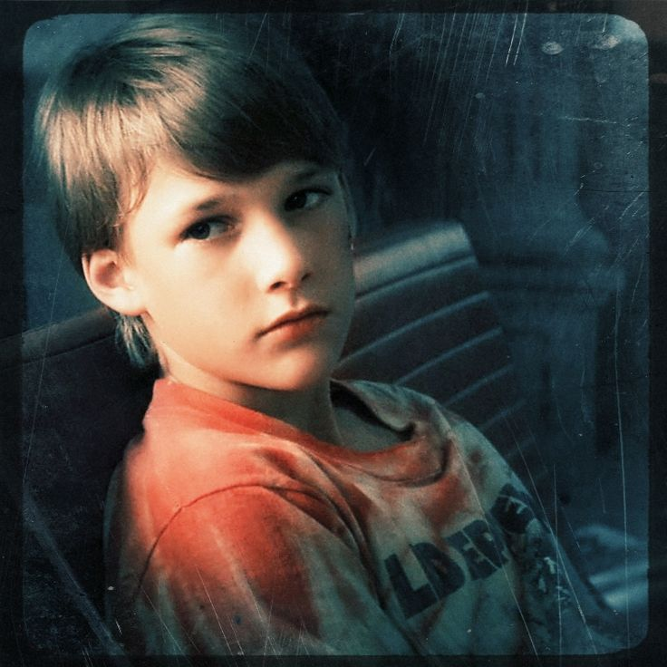 General picture of Brad Renfro - Photo 1 of 120