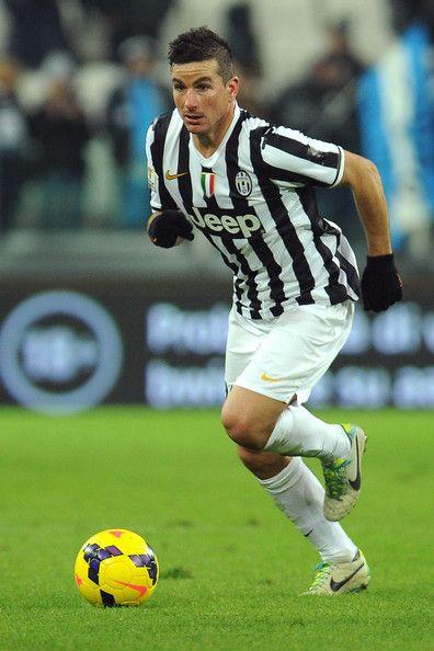 Simone+Padoin+Juventus+v+Avellino+OIV6BIhbWlwl.jpg (396×594)