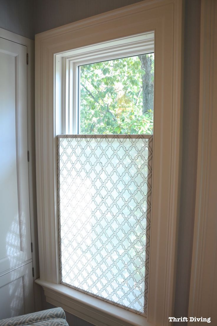 17 best ideas about half window curtains on pinterest for What type of blinds for bathroom