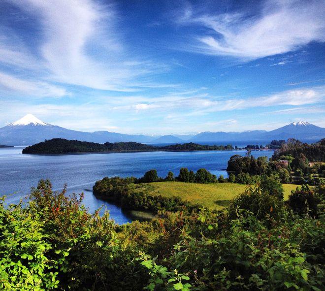 Lago Llanquihue no Chile Vista do mirante em Puerto Octay.