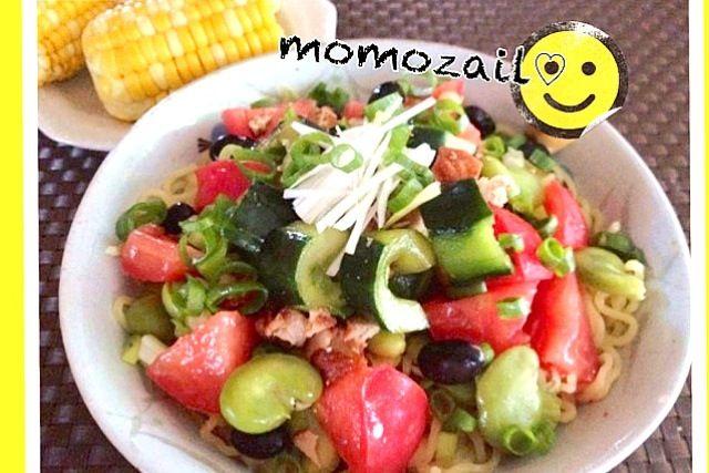 作りすぎたアリラン漬けを具材にしました そら豆、蒸し黒豆、いんげん豆、トマト、今朝のお弁当の残りハンバーグを刻んだ物、万能ねぎ  アリラン漬けのレシピを教えて、とメッセがきたので参考レシピにしました※ - 116件のもぐもぐ - アリランと豆豆ま〜めな夏野菜の冷やし麺☆特製たれレシピ by momozail
