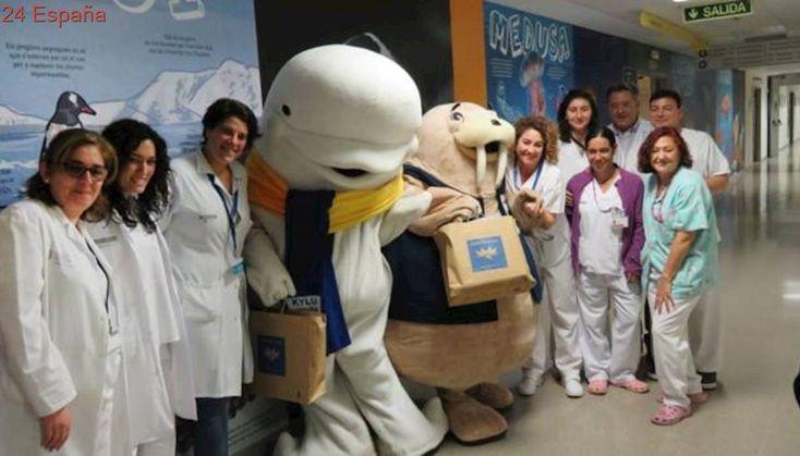 El Oceanogràfic de Valencia dona regalos para Cruz Roja y los niños del Hospital La Fe