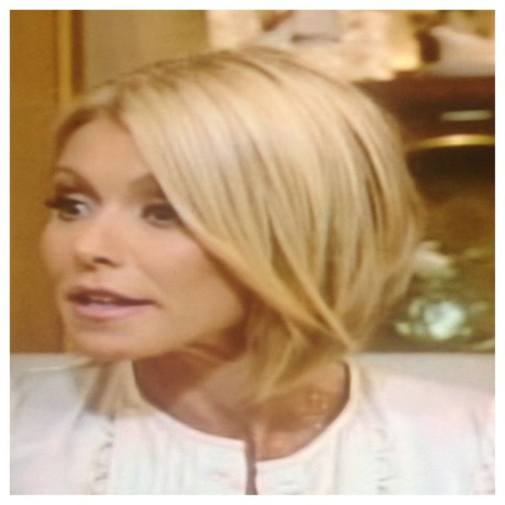 Best 148 Kelly Ripa Ideas On Pinterest Hairstyle Short Hairstyle