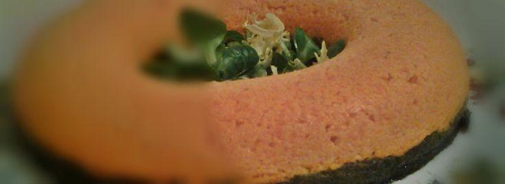 Anello di erbette e carote. Questo contorno, essendo di per sé già sostanzioso, può accompagnare piatti di #carne che  non siano però troppo elaborati. Se accompagnato con una #fonduta o una #crema al #formaggio, l'anello di #erbette e #carote potrà essere servito anche come secondo piatto.